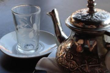 Apoyar Tee